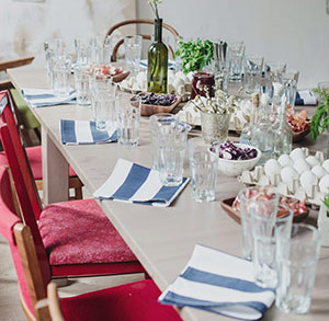 wide striped blue and white napkins